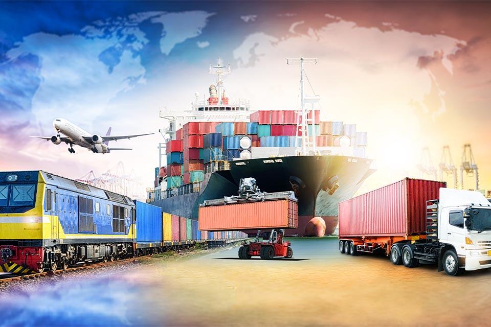 Lkw Zug und Schiff
